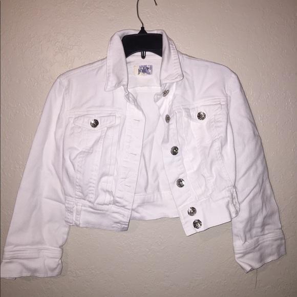 cfa6e9fbe02 Jolt Jackets   Blazers - Jolt white cropped fit Jean jacket